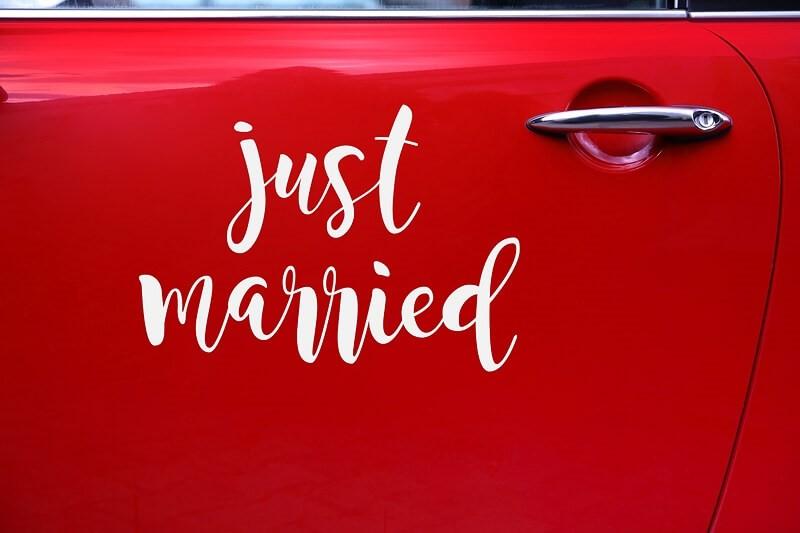 18ffff69b0cffe Naklejka ślubna na samochód - Just married